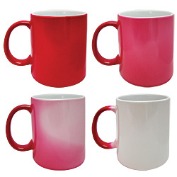 PersonalizedHeat sensitive mug 11oz red/white